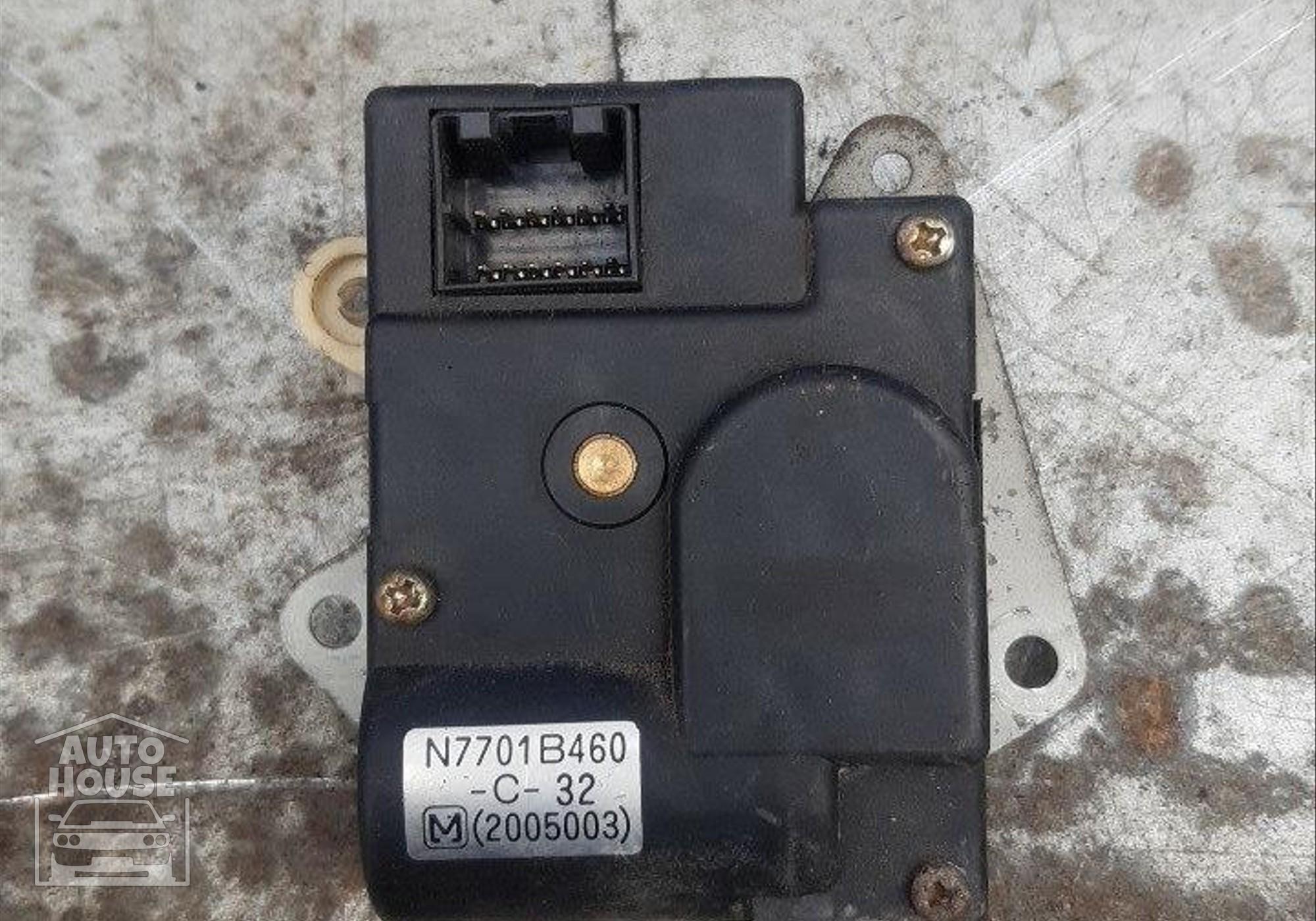 Моторчик привода заслонок отопителя для Mazda Familia VI (с 1987 по 2000)