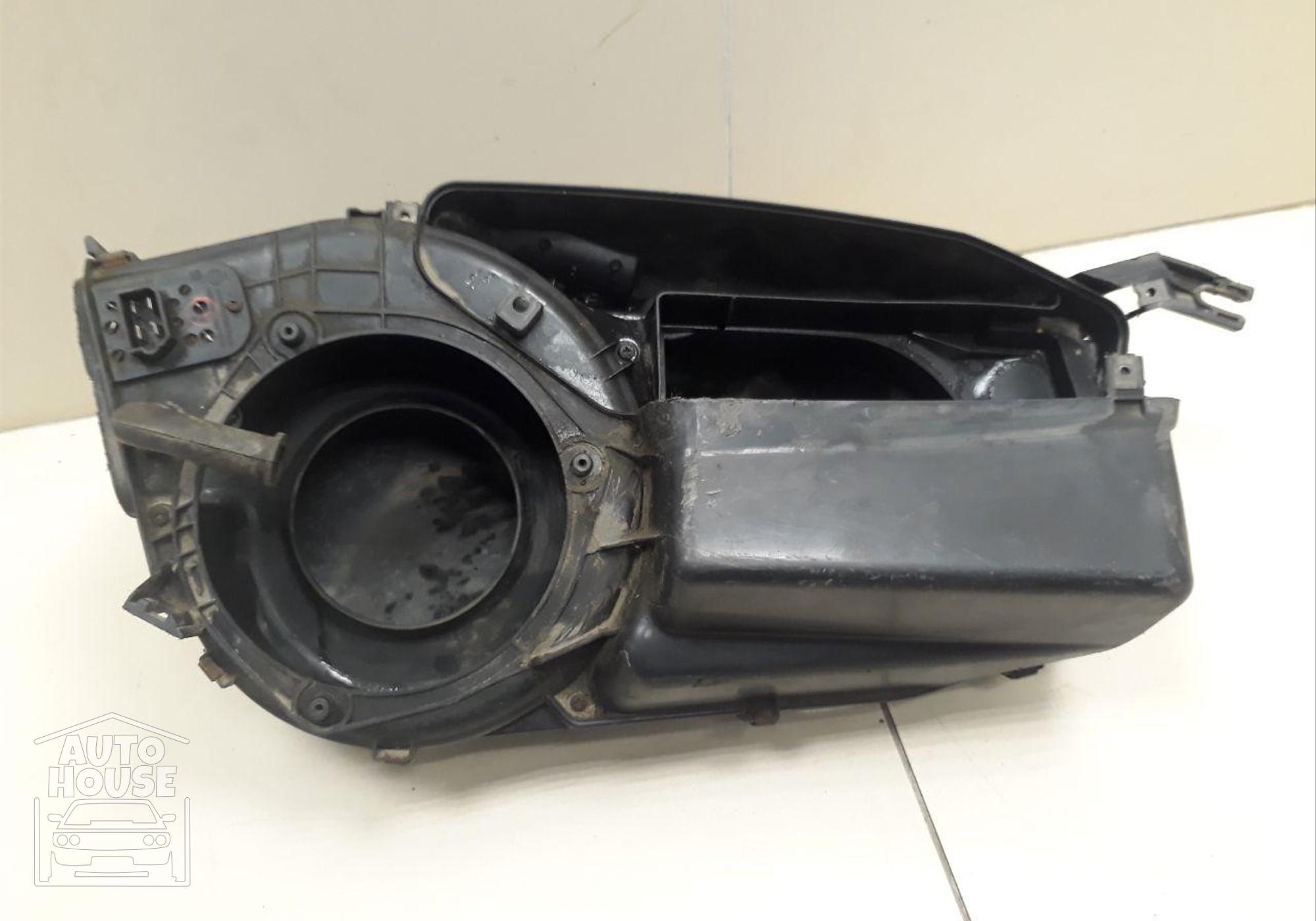Корпус отопителя для Lada 2110