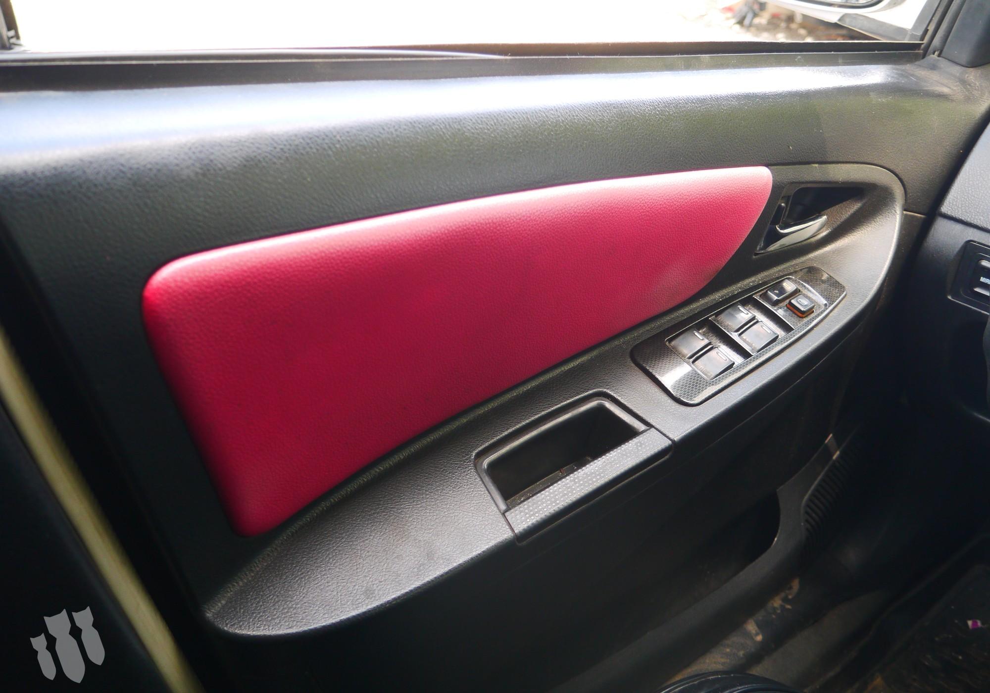 1018005137 Обшивка передней левой двери для Geely MK