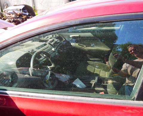 73350SNBE02 Стекло передней левой двери для Honda Civic VIII (с 2005 по 2011)