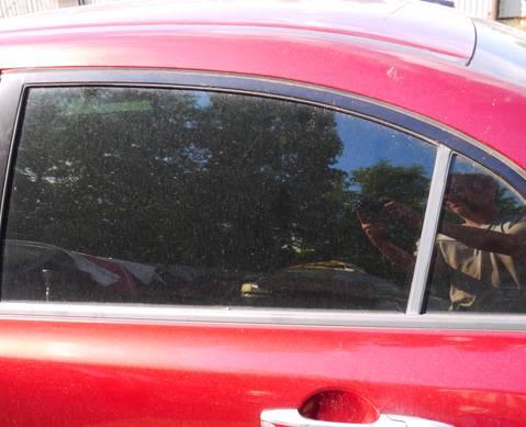 73450SNBE00 Стекло задней левой двери для Honda Civic VIII (с 2005 по 2011)