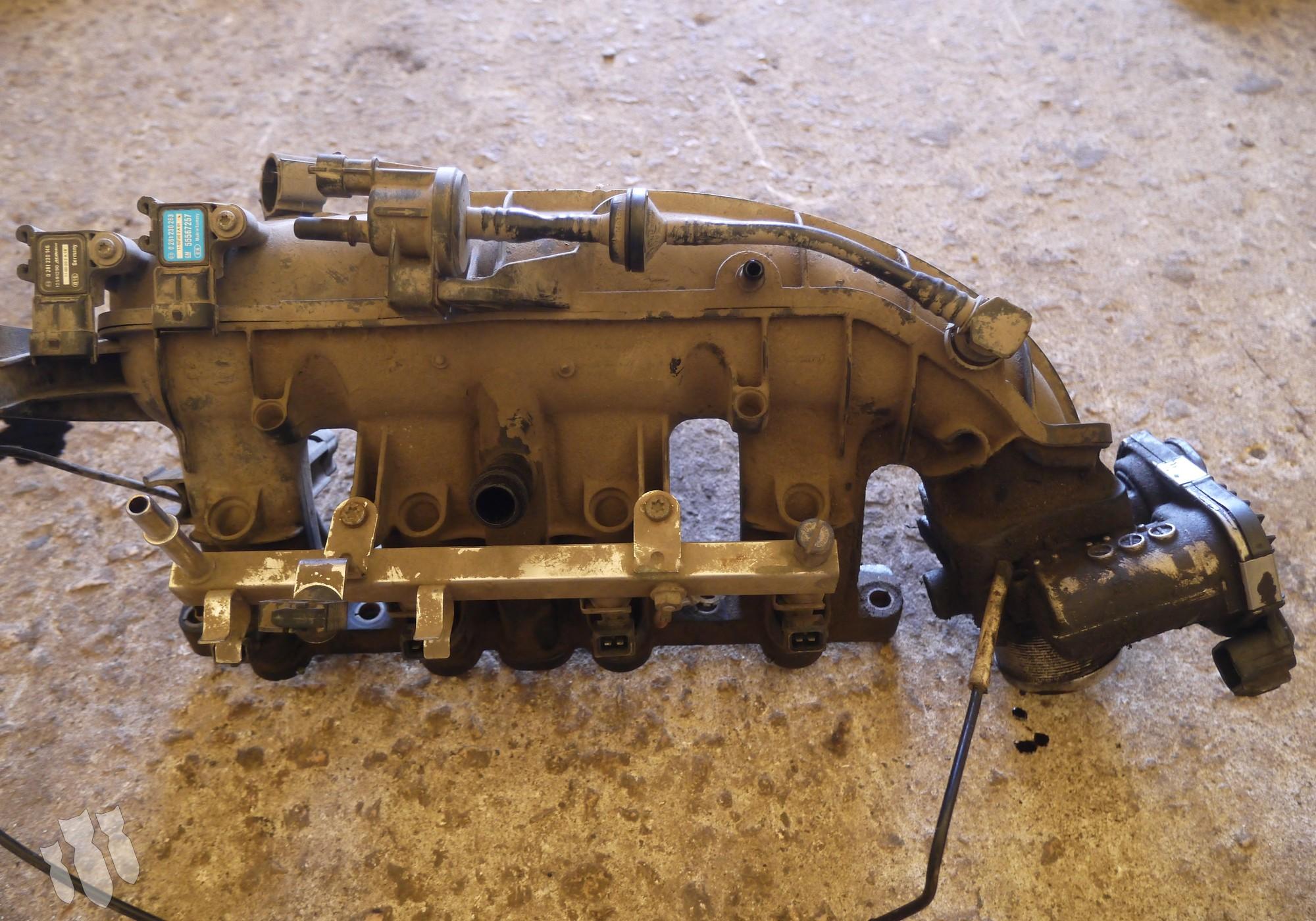 55573171 Коллектор впускной для Opel Astra J (с 2009)