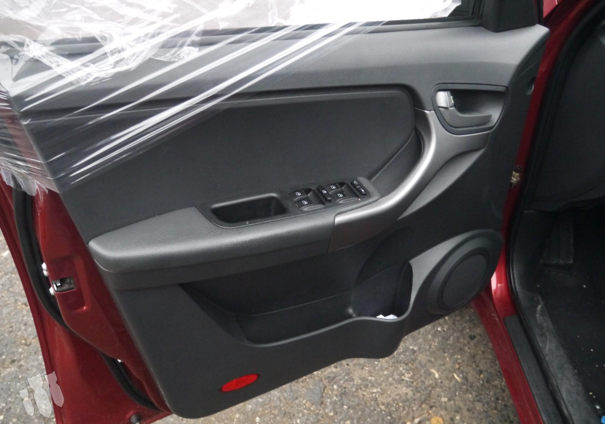 T116102430 Обшивка передней левой двери для Chery Tiggo (с 2005)