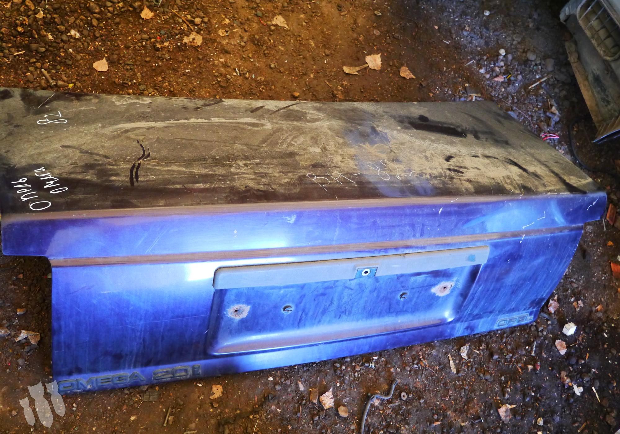 90224116 Крышка багажника для Opel Omega A (с 1986 по 1994)