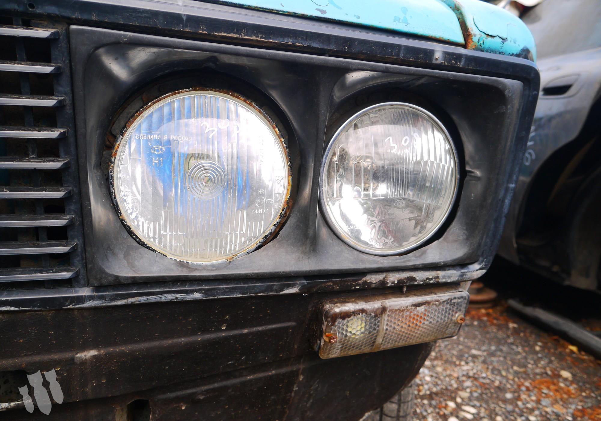 Фара для Lada 2106